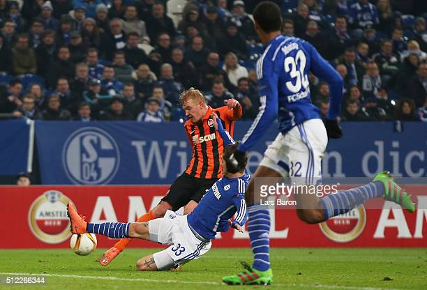 Viktor Kovalenko of Shakhtar Donetsk scores his team's third goal during the UEFA Europa League round of 32 second leg match between FC Schalke 04...
