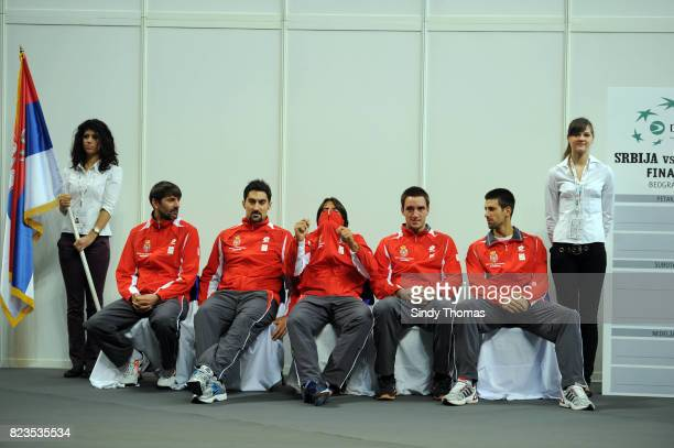 Viktor Troicki / Nemad Zimonjic / Llija Bozoljac / Bogdan Obradovic / Janko Tipsarevic / Novak Djokovic Equipe Serbie Tirage au sort Finale Coupe...