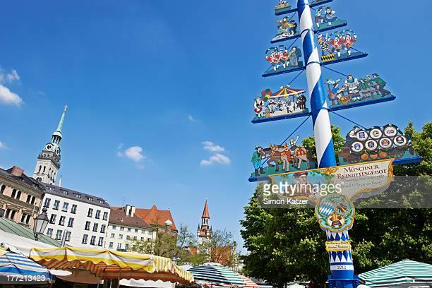 Viktualienmarkt, Munich with its maypole