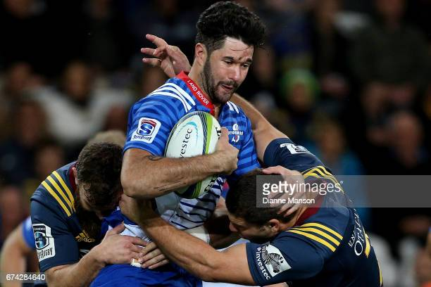 Viljoen of the Stormers tries to break through the defence during the round 10 Super Rugby match between the Highlanders and the Stormers at Forsyth...