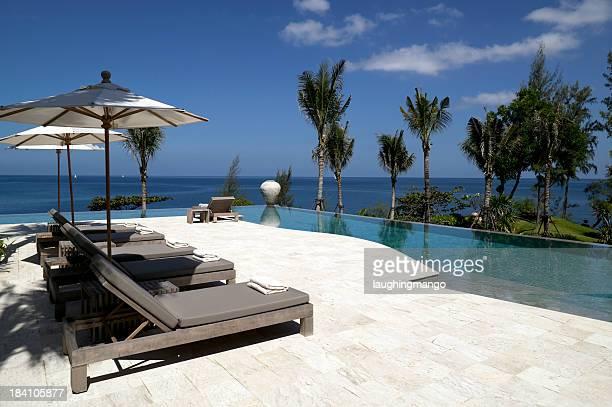 villa swimming pool beach house waterfront