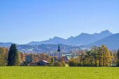 The idyllic village of Wall, here in front of the silhouette of the Wendelstein today is a district of Warngau