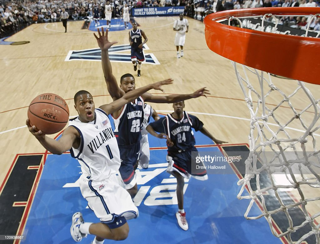 Villanova's <a gi-track='captionPersonalityLinkClicked' href=/galleries/search?phrase=Kyle+Lowry&family=editorial&specificpeople=714625 ng-click='$event.stopPropagation()'>Kyle Lowry</a> (1) puts up a shot Monday, February 13, 2006 at the Wachovia Center in Philadelphia, PA. Villanova University (4) upset University of Connecticut (1) 69-64.