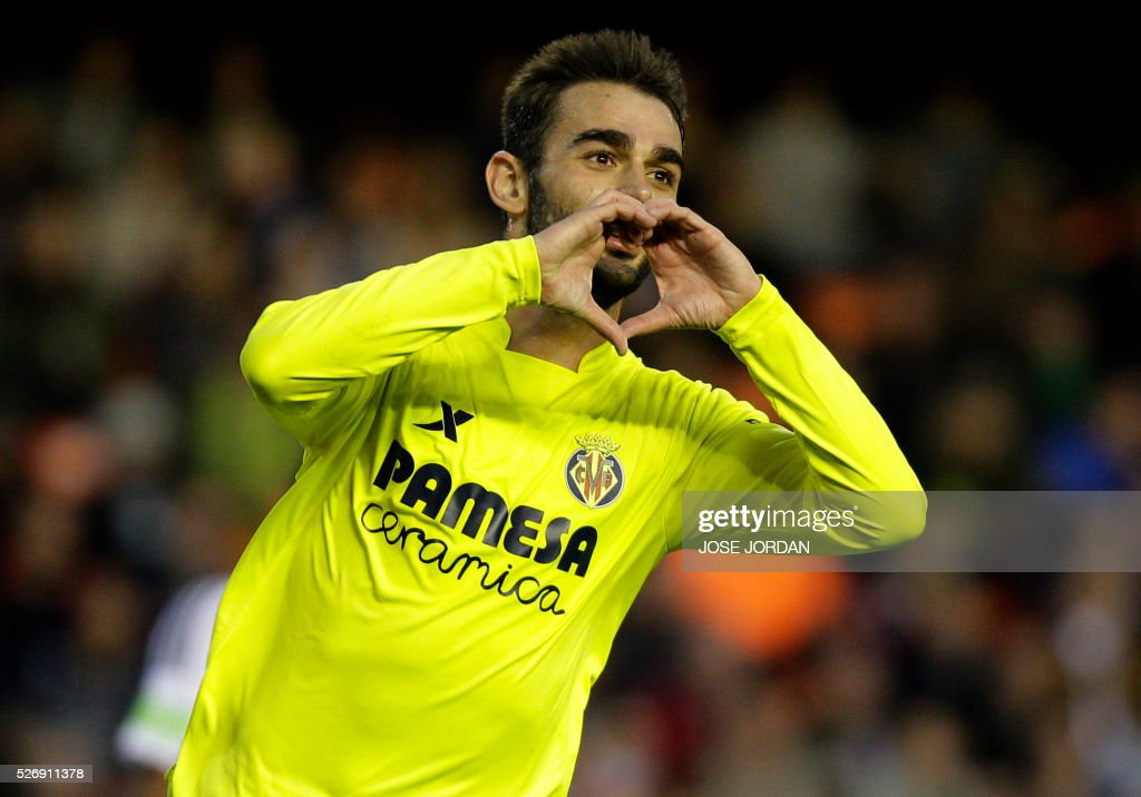 Valencia CF v Villarreal CF - La Liga