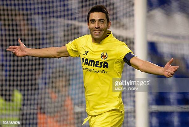 Villarreal's midfielder Bruno Soriano celebrates after scoring a penalty during the Spanish league football match RC Deportivo de la Coruna vs...