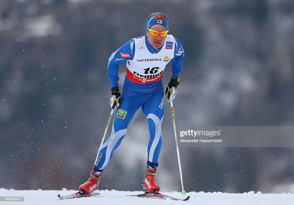 Ville Nousiainen of Finland in action during the Men's Cross Country Individual 15km at the FIS Nordic World Ski Championships on February 27, 2013 in Val di Fiemme, Italy.