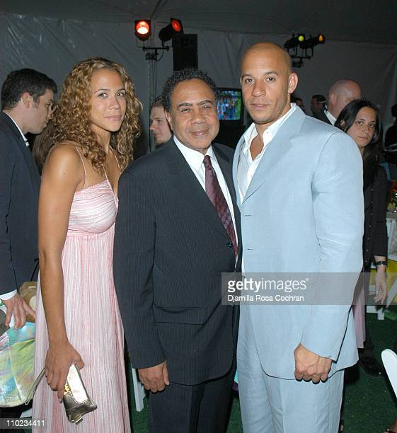 Vin Diesel with his sister and his father during 'BuildABear Workshop' at Fresh Air Fund Spring Gala 2005 Inside at Tavern on the Green in New York...