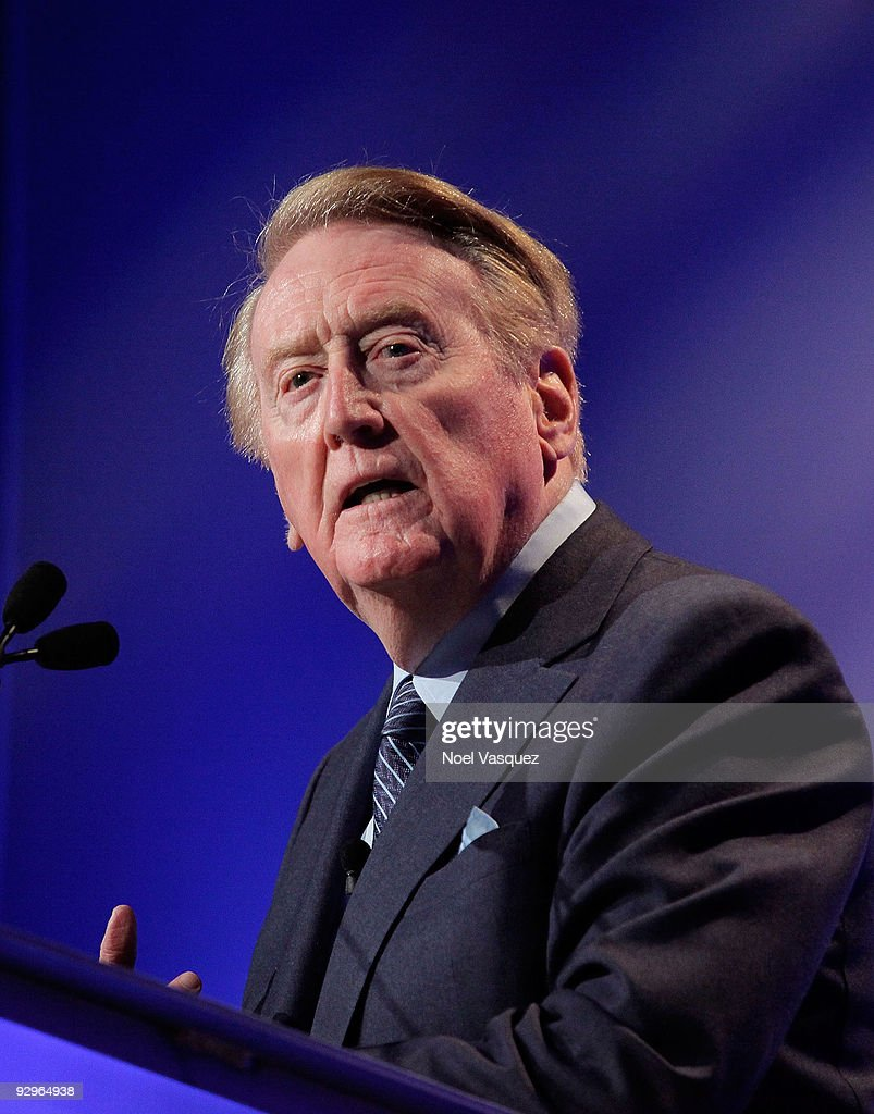 Vin Scully speaks at the HRTS Newsmaker Luncheon honoring the broadcast legend at the Beverly Wilshire Hotel on November 10 2009 in Beverly Hills...
