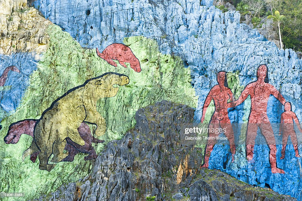 Vinales mural de la prehistoria stock photo getty images for Mural de la prehistoria cuba