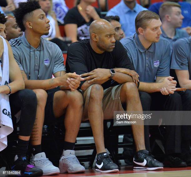 Vince Carter of the Memphis Grizzlies looks on during a game between the Memphis Grizzlies and the Sacramento Kings during the 2017 NBA Summer League...