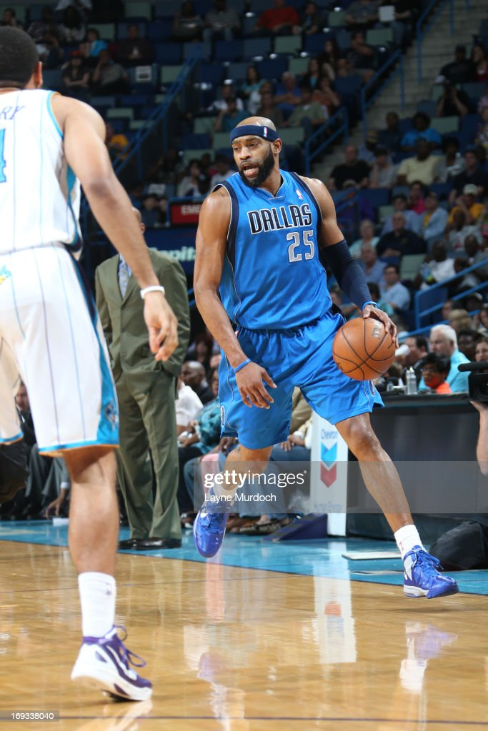 <a gi-track='captionPersonalityLinkClicked' href=/galleries/search?phrase=Vince+Carter&family=editorial&specificpeople=201488 ng-click='$event.stopPropagation()'>Vince Carter</a> #25 of the Dallas Mavericks handles the ball against the New Orleans Hornets on April 14, 2013 at the New Orleans Arena in New Orleans, Louisiana.