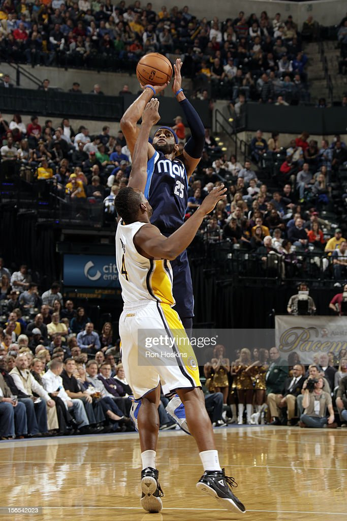 Vince Carter #25 of the Dallas Mavericks shoots against the Indiana Pacers on November 16, 2012 at Bankers Life Fieldhouse in Indianapolis, Indiana.