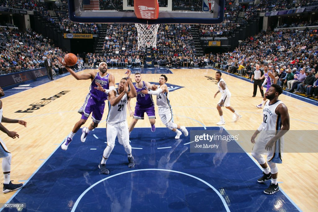 Vince Carter #15 of the Sacramento Kings shoots the ball against the Memphis Grizzlies on January 19, 2018 at FedExForum in Memphis, Tennessee.