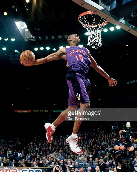 Vince Carter of the Toronto Raptors goes for a dunk during the 2000 NBA AllStar Slam Dunk Contest at The Arena In Oakland on February 12 2000 in...