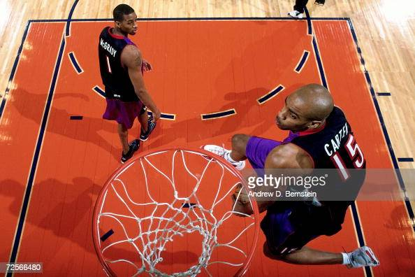 Vince Carter of the Toronto Raptors soars for a dunk during the 2000 NBA Slam Dunk Contest at The Arena in Oakland on February 12 2000 in Oakland...