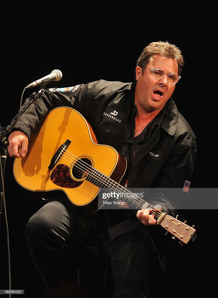 <a gi-track='captionPersonalityLinkClicked' href=/galleries/search?phrase=Vince+Gill&family=editorial&specificpeople=215309 ng-click='$event.stopPropagation()'>Vince Gill</a> performs during All For The Hall New York Benefiting The Country Music Hall Of Fame at Best Buy Theater on February 26, 2013 in New York City.