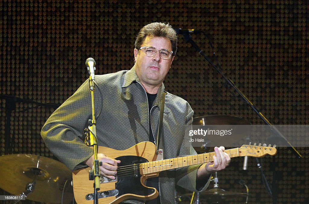 <a gi-track='captionPersonalityLinkClicked' href=/galleries/search?phrase=Vince+Gill&family=editorial&specificpeople=215309 ng-click='$event.stopPropagation()'>Vince Gill</a> performs on stage on Day 1 of C2C: Country To Country Festival 2013 at O2 Arena on March 16, 2013 in London, England.
