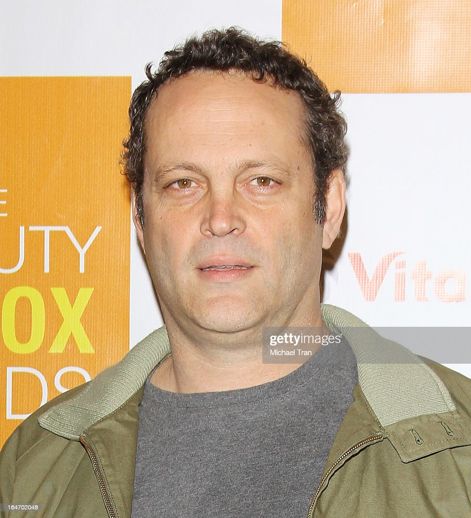 <a gi-track='captionPersonalityLinkClicked' href=/galleries/search?phrase=Vince+Vaughn&family=editorial&specificpeople=182440 ng-click='$event.stopPropagation()'>Vince Vaughn</a> arrives at the celebrity nutritonist Kimberly Snyder hosts book launch party for 'The Beauty Detox Foods' held at Smashbox West Hollywood on March 26, 2013 in West Hollywood, California.