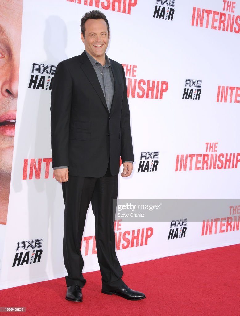 <a gi-track='captionPersonalityLinkClicked' href=/galleries/search?phrase=Vince+Vaughn&family=editorial&specificpeople=182440 ng-click='$event.stopPropagation()'>Vince Vaughn</a> arrives at 'The Internship' - Los Angeles Premiere at Regency Village Theatre on May 29, 2013 in Westwood, California.