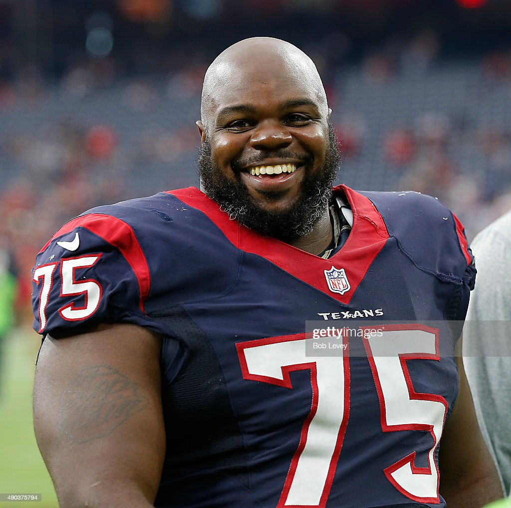 <a gi-track='captionPersonalityLinkClicked' href=/galleries/search?phrase=Vince+Wilfork&family=editorial&specificpeople=226996 ng-click='$event.stopPropagation()'>Vince Wilfork</a> #75 of the Houston Texans walks off the field aftere the Houston Texans beat the Tampa Bay Buccaneers 19-9 at NRG Stadium on September 27, 2015 in Houston, Texas.