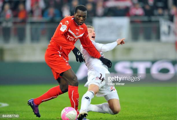 Vincent ABOUBACAR / Mehdi MOSTEFA Valenciennes / Ajaccio 21e journee de Ligue 1 Photo Dave Winter / Icon Sport