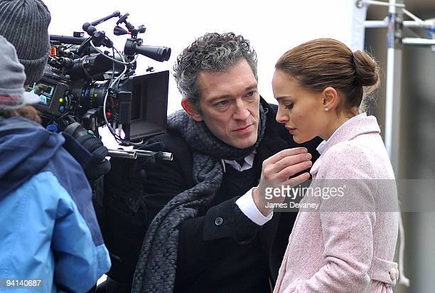 Vincent Cassel and Natalie Portman film on location for 'Black Swan' on the streets of Manhattan on December 7 2009 in New York City