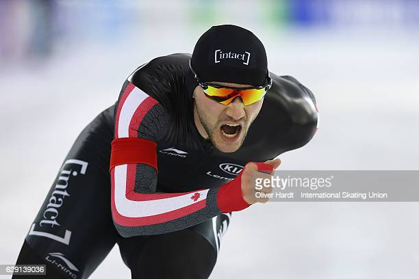 Vincent De Haitre of Canada competes in the Men«s A Divison 1000m during ISU World Cup Speed Skating Day 3 on December 11 2016 in Heerenveen...