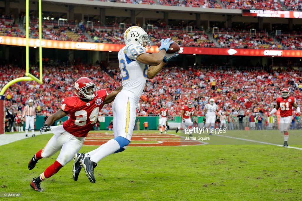 Vincent Jackson of the San Diego Chargers catches a pass for a touchdown as Brandon Flowers of the Kansas City Chiefs defends during the game on...