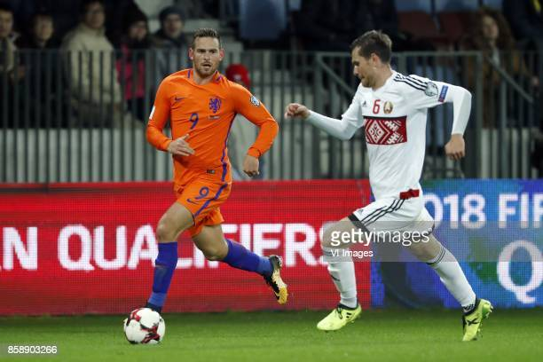 Vincent Janssen of Holland Sergei Politevich of Belarus during the FIFA World Cup 2018 qualifying match between Belarus and Netherlands on October 07...