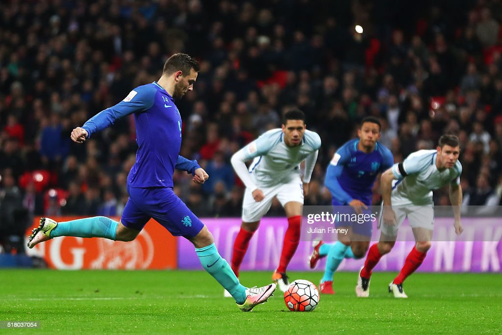 Vincent Janssen of the Netherlands scores the equalising goal from a penalty during the International Friendly match between England and Netherlands at Wembley Stadium on March 29, 2016 in London, England.