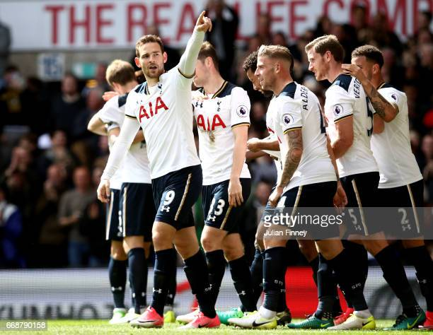 Vincent Janssen of Totteham Hotspur celebrates scoring his sides fourth goal with his Tottenham Hotspur team mates during the Premier League match...