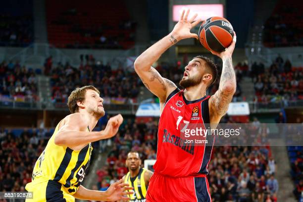 Vincent Poirier #17 of Baskonia Vitoria Gasteiz in action during the 2017/2018 Turkish Airlines EuroLeague Regular Season game between Baskonia...