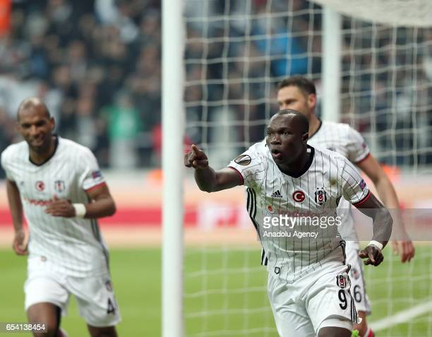 Vincente Aboubakar of Besiktas celebrates after scoring during the UEFA Europa League Round 16 secondleg match between Besiktas and Olympiacos at...