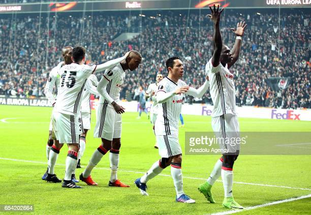 Vincente Aboubakar of Besiktas celebrates his goal with his team mates during the UEFA Europa League Round 16 secondleg match between Besiktas and...