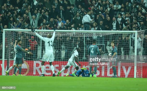 Vincente Aboubakar of Besiktas scores during the UEFA Europa League Round 16 secondleg match between Besiktas and Olympiacos at Vodafone Arena in...
