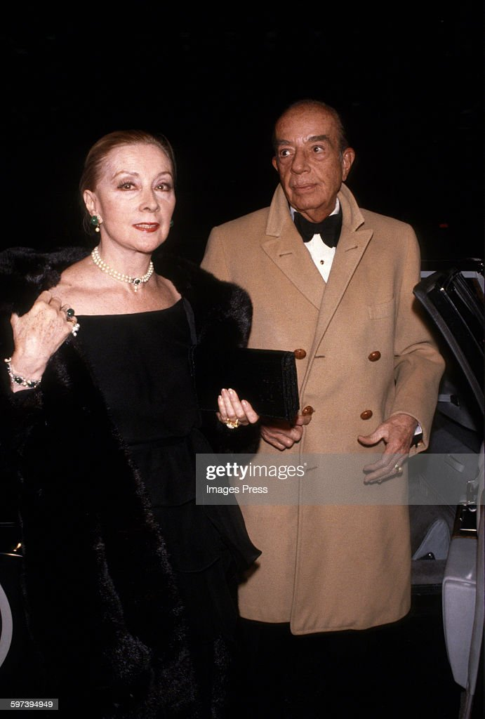 <a gi-track='captionPersonalityLinkClicked' href=/galleries/search?phrase=Vincente+Minnelli&family=editorial&specificpeople=628172 ng-click='$event.stopPropagation()'>Vincente Minnelli</a> and Lee Anderson circa 1979 in New York City.