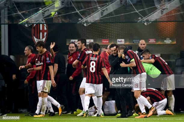 Vincenzo Montella head coach of AC Milan hugs Leonardo Bonucci after the goal of Patrick Cutrone during the UEFA Europa League Group D match between...