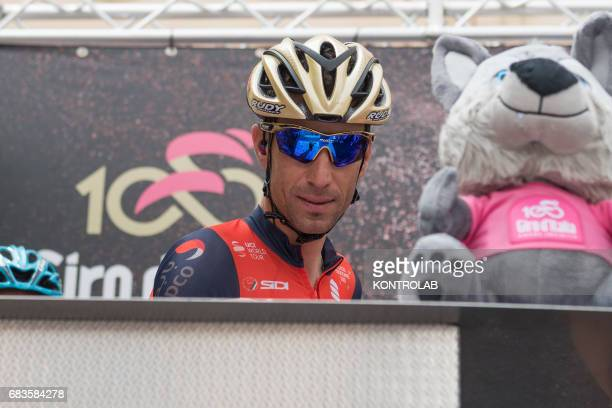 CASTROVILLARI CALABRIA ITALY Vincenzo Nibali winner of the Giro d'Italia 2016 signs the start during the event for the start of the seventh stage of...