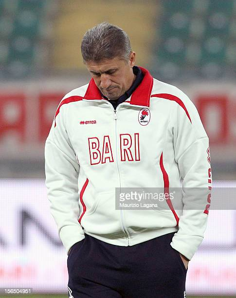 Vincenzo Torrente head coach of Bari during the Serie B match between AS Bari and Reggina Calcio at Stadio San Nicola on November 12 2012 in Bari...