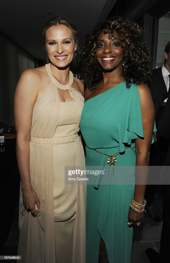 <a gi-track='captionPersonalityLinkClicked' href=/galleries/search?phrase=Vinessa+Shaw&family=editorial&specificpeople=834769 ng-click='$event.stopPropagation()'>Vinessa Shaw</a> and Kandace Lindsey attend A Magical Night of Hope at Skirball Cultural Center on May 2, 2013 in Los Angeles, California.