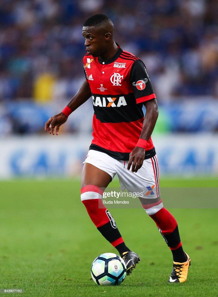 Flamengo v Cruzeiro - Copa do Brasil 2017 Finals