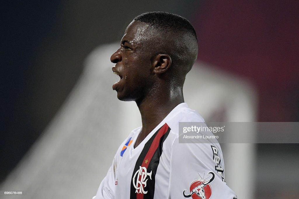 Flamengo v Ponte Preta - Brasileirao Series A 2017