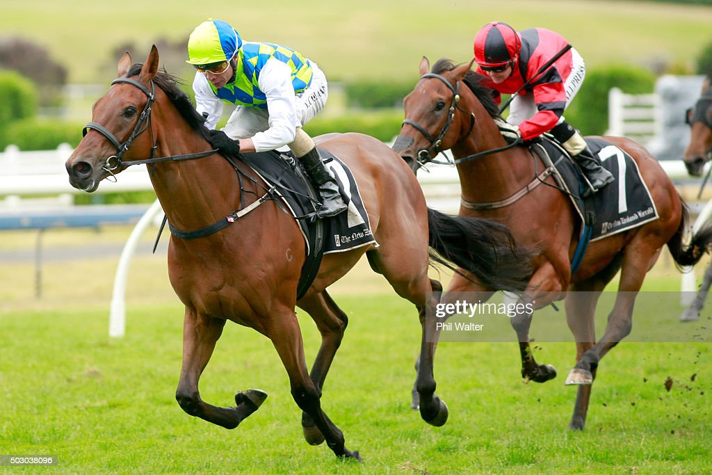 Vinnie Colgan riding Rangipo wins the Great Northern Guineas at Ellerslie Racecourse on January 1 2016 in Auckland New Zealand