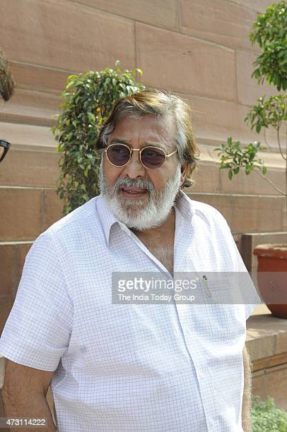 Vinod Khana at parliament during parliament Budget Session