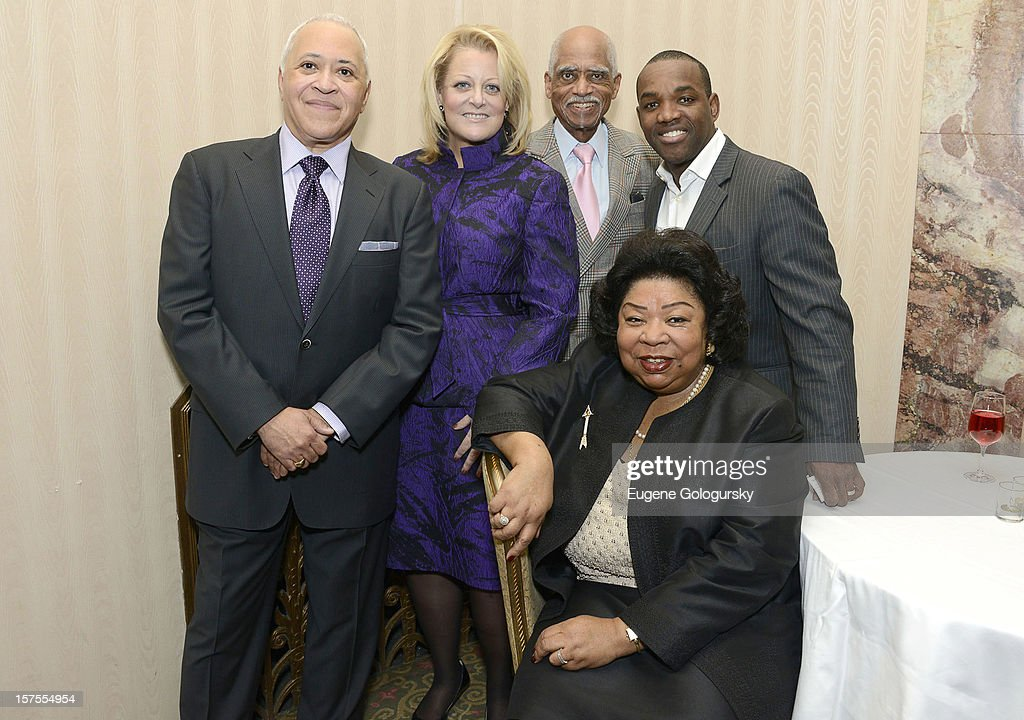 Vinson Cole, Deborah Voight, George Shirley, Lawrence Brownlee and Martina Arroyo attend the Metropolitan Opera Guild's 78th Annual Luncheon Celebrating 'Star Power!' at The Waldorf Astoria on December 4, 2012 in New York City.