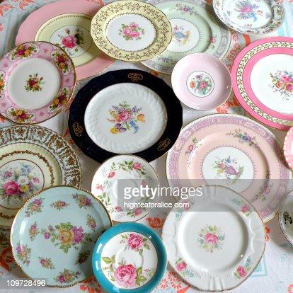 Vintage European china plates : ストックフォト