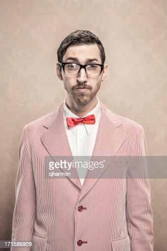 fancy habillé vintage Nerd avec lunettes et noeud papillon