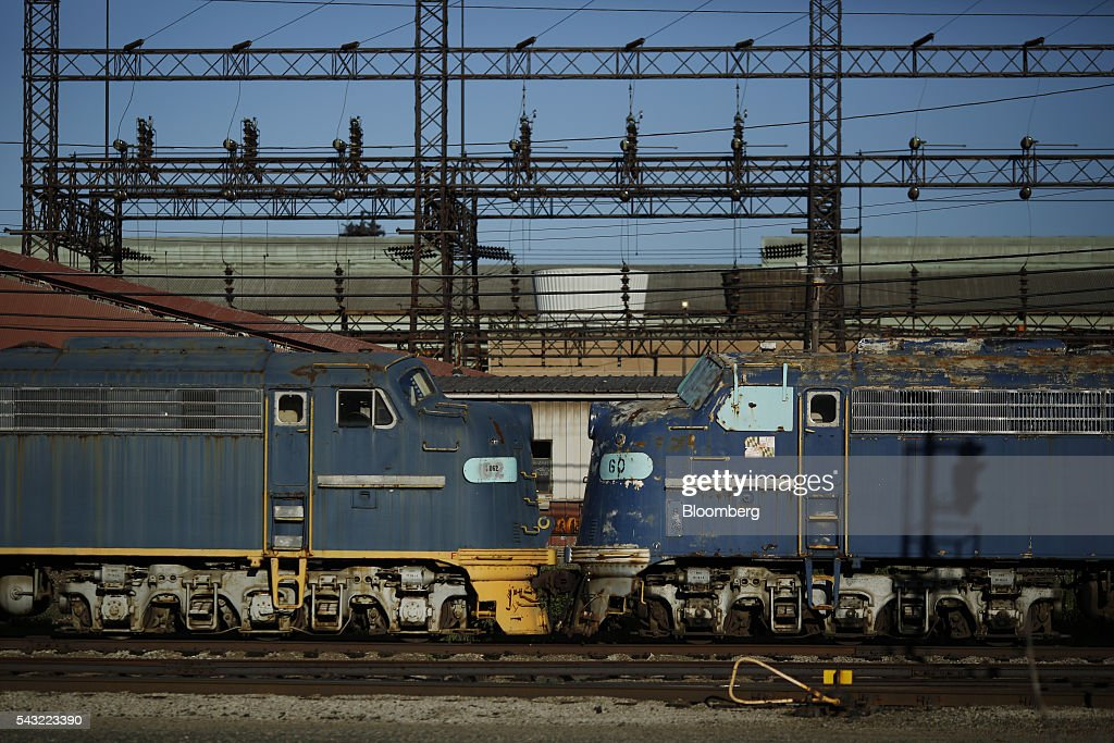 Steel Track U S Steel : Views of the arcelormittal steel mill as more pain