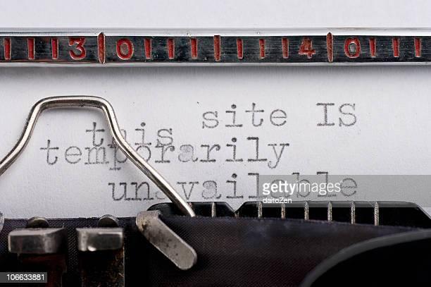 Vintage typewriter with error message