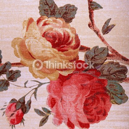 papier peint vintage avec rouge rose fleuri motif victorien photo thinkstock. Black Bedroom Furniture Sets. Home Design Ideas